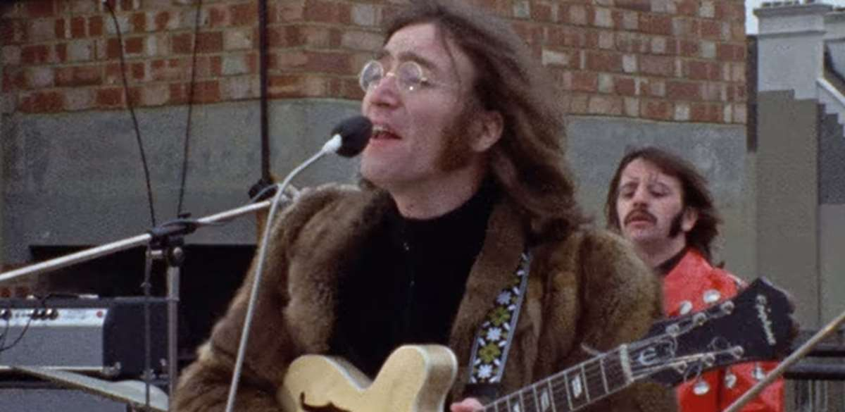 Lennon interpretando