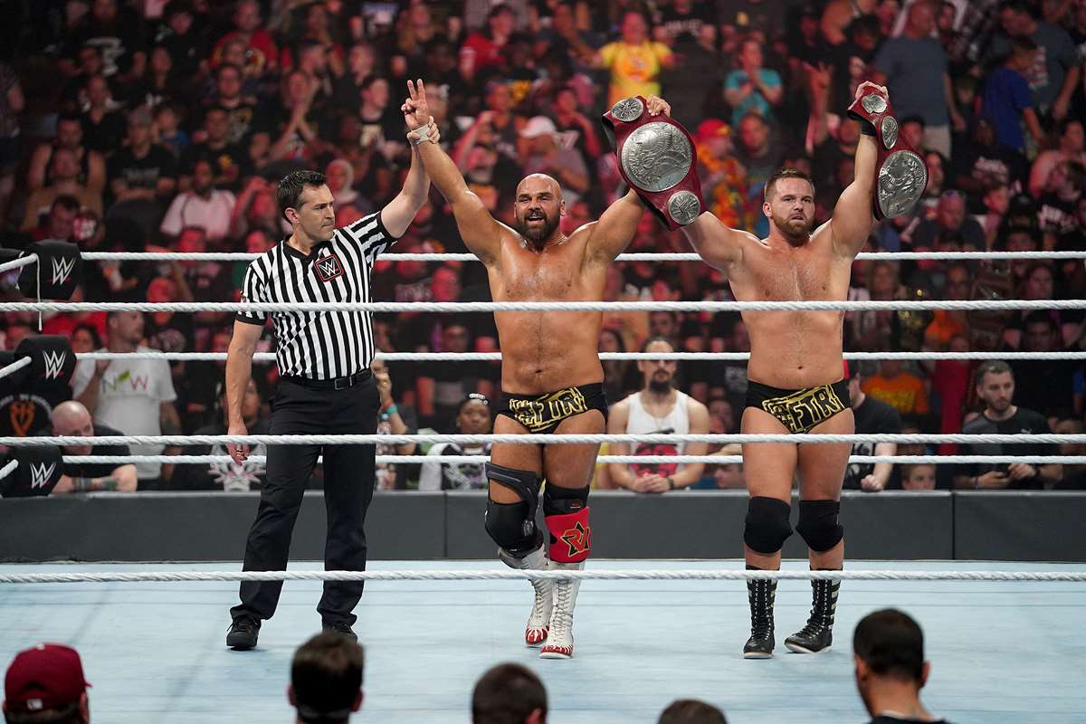 WWE: The Revival retiene los Campeonatos por Parejas de RAW en Extreme Rules